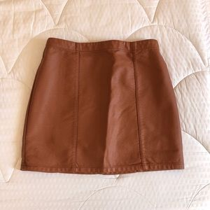 Clay brown faux leather skirt
